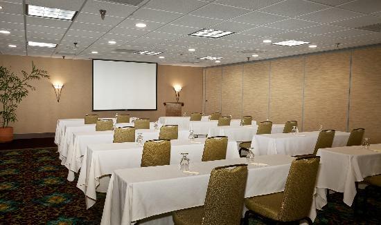 DoubleTree by Hilton Santa Fe: Ballroom