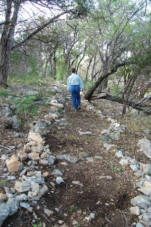 Kreutzberg Canyon Natural Area : Hiking the fossil trail.