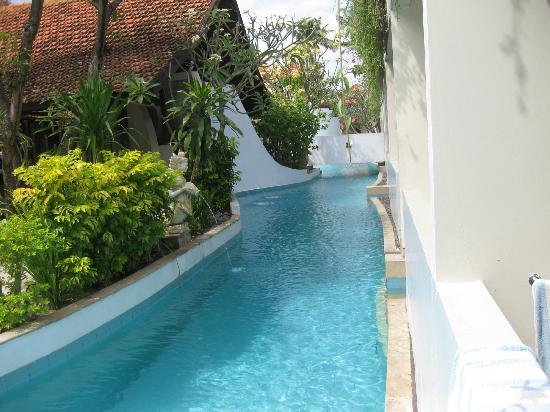 คูตาลากูนรีสอร์ทแอนด์พูลวิลลา: Pool view from our pool access room