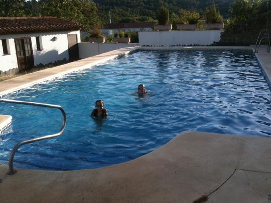 Doce Canos: preciosa piscina