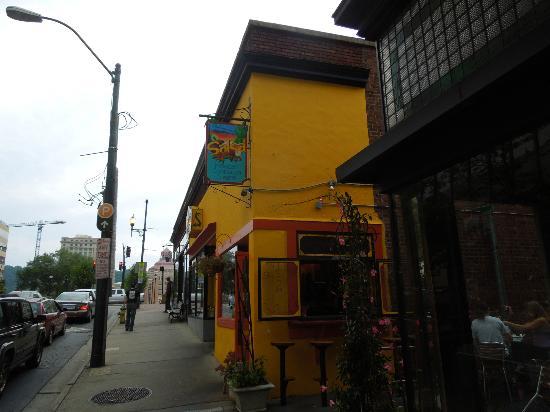 restaurant review reviews chupacabra latin cafe asheville north carolina