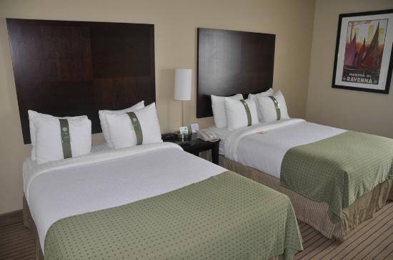 Holiday Inn Hyannis: Hotel Room