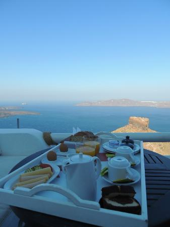 Breakfast served in the balcony