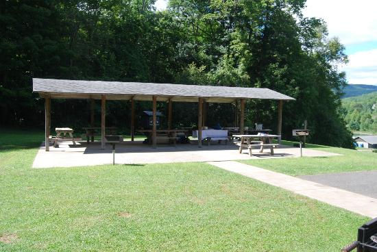 The Belleayre Beach at Belleayre Mountain: Picnic Pavillion