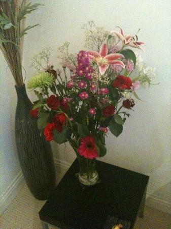 The Carlton Apartments: fresh flowers