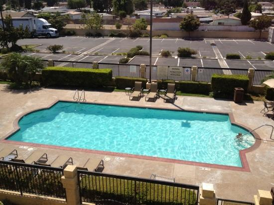 The Comfort Inn & Suites Anaheim, Disneyland Resort: swimming pool