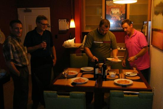 Residence Inn Cincinnati North/West Chester: Dinner in room
