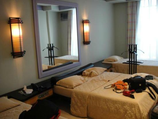 Diamond Hotel: Quarto muito amplo e confortável