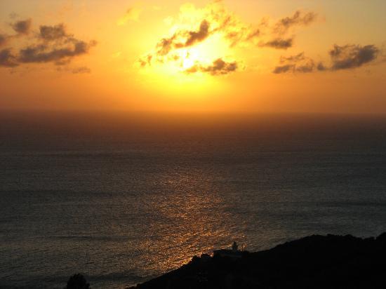 Hotel Bel Tramonto: panorama verso la Corsica