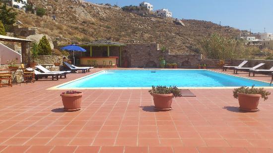 Paradisia Villas: zona comunal piscina