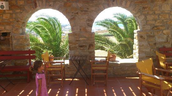 Paradisia Villas: zona comunal, pérgola ideal para leer, relajarse
