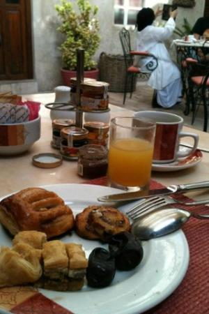 Orient Guest House: some bread and pastries