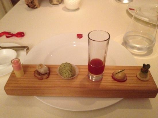 MAYER's Restaurant auf Schloss Prielau: finger food
