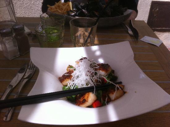 L'assiette des Saveurs : Plat assiatique aux Saint Jasques