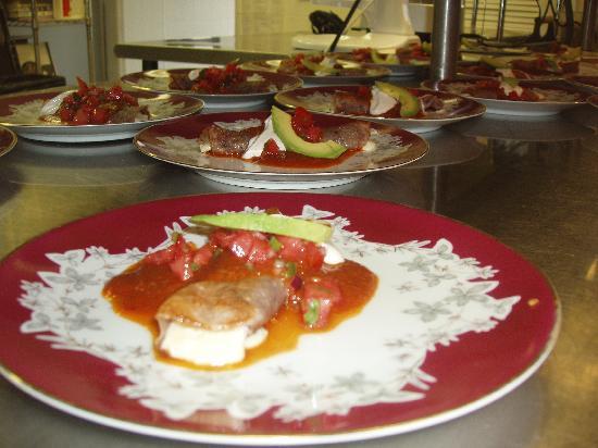 Back Eddy Bistro: Cheese Enchiladas
