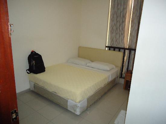 Asphodel Inn Singapore: Cozy Clean Bed