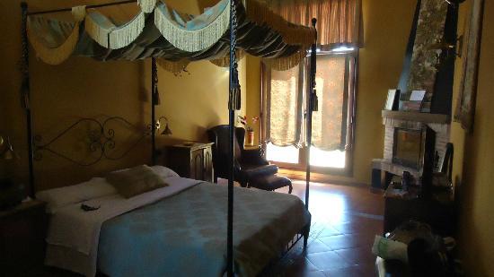 Hospedería Rural Ballesteros: La cama super comoda