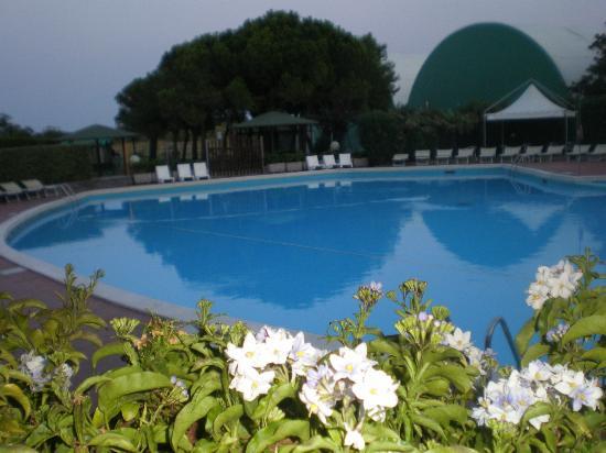 Ca' del Moro Foresteria: La piscine de l'hôtel