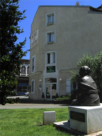 Hôtel du Centre : getlstd_property_photo