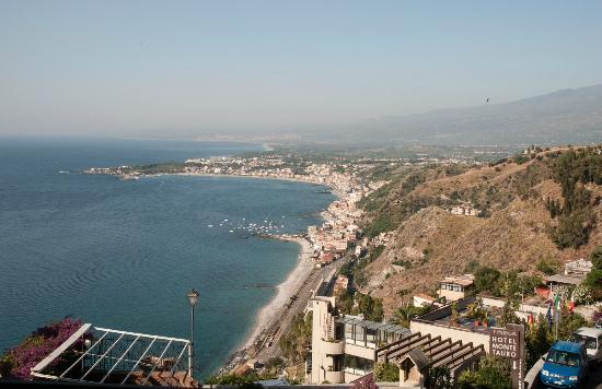 Hotel Villa Paradiso: La baie de Naxos