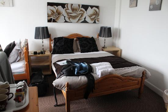 Duporth Guest House: Suite