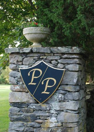 Point Pleasant Inn: Entrance to the Inn