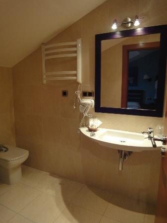 Bufon de Arenillas Hotel: Baño