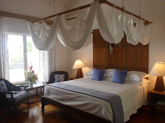 Montpelier Plantation & Beach: Our room