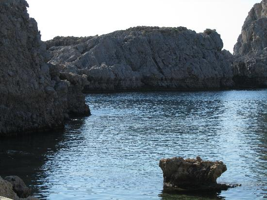 Agios Pavlos Beach (Saint Paul) : St Paul´s bay in the morning