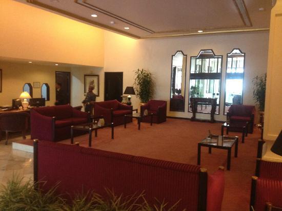 Dynasty Hotel: Lobby & Reception