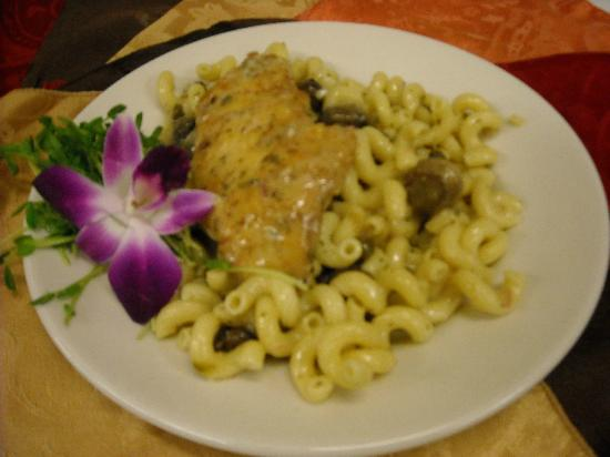 Ron's Landing At Rocky Bend: Chicken Piccata