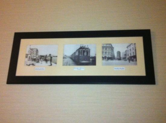 Ramada Plaza Istanbul City Center: room 606 (wall pictures)
