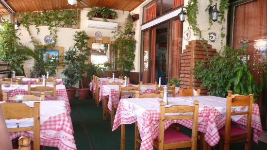 Napoli Pizzeria-Restaurant