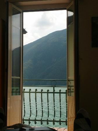 Hotel Mimosa: view from the room