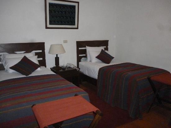 San Agustin Urubamba Hotel: Habitación confortable, buenos colchones.