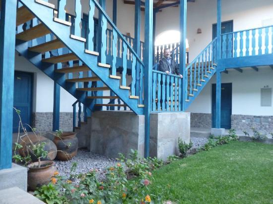 San Agustin Urubamba Hotel: Patios internos.