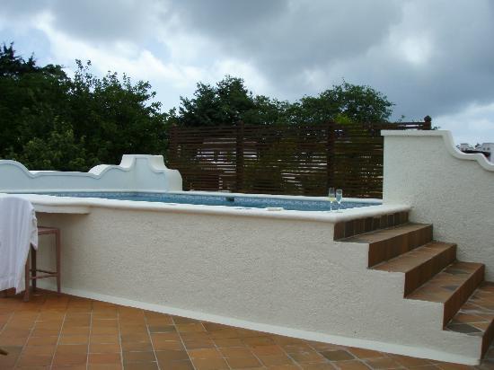 Cap Maison : rooftop pool