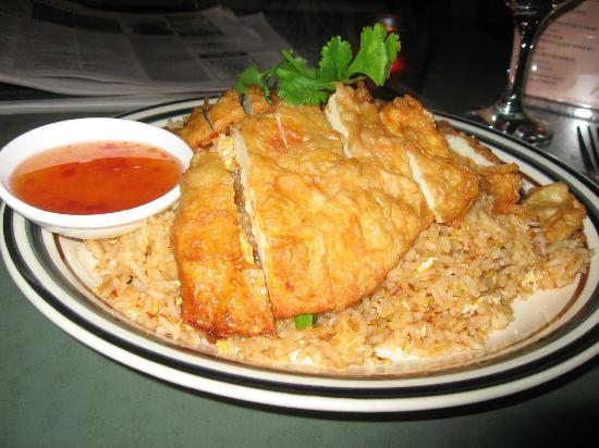 Thai Stick Restaurant: Lunch special -bbq chicken and fried rice