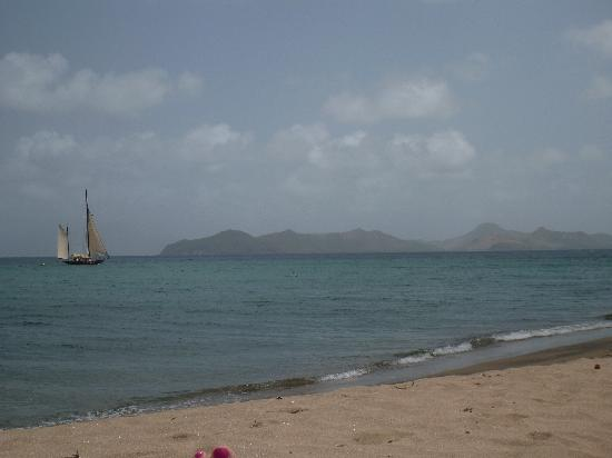 Montpelier Plantation & Beach : The private beach with St. Kitts in the back ground