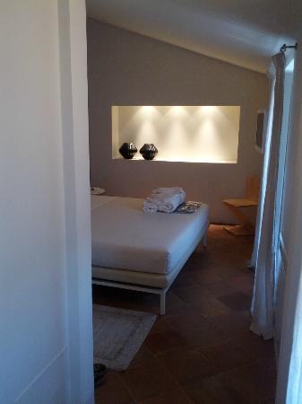 Nun Assisi Relais & Spa Museum: la camera da letto della suite