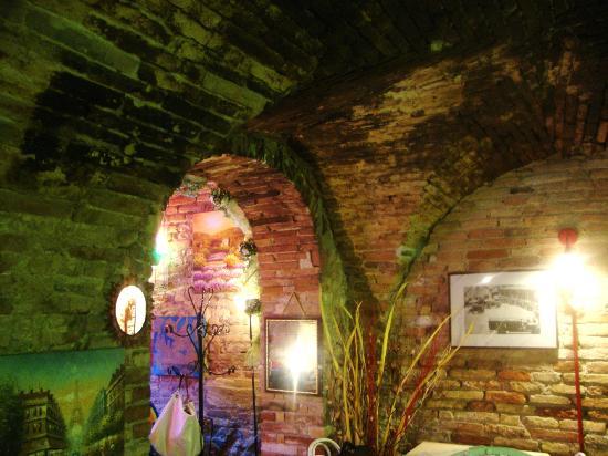Ristorante Story Pizzeria: L'interno di questa splendida pizzeria!!!