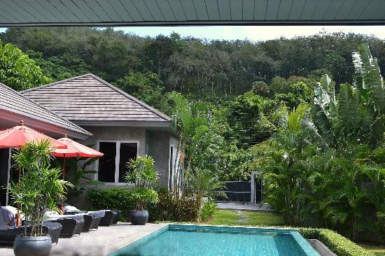 Pura Vida Villas Phuket: vue nature