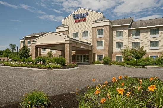 Fairfield Inn & Suites Brunswick Freeport: Our hotel is set in Scenic, Rural Maine