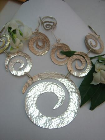 "Lisa's Ltd: handmade Se( Necklace, Earring, Ring) t in Sterling Silver- the mystic "" Sign of Life"""