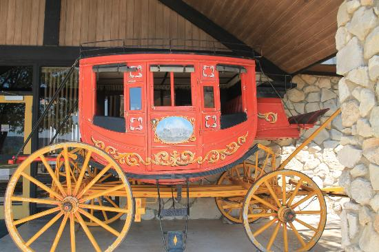 Fort Lancaster State Historical Park: Stagecoach as you walk into the visiors center
