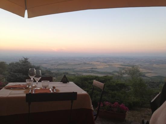 Ristorante Boccon DiVino: awesome view and excellent food and wines. the best in tuscany!