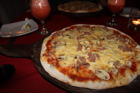 Pizzeria De Johnny: pizza petite