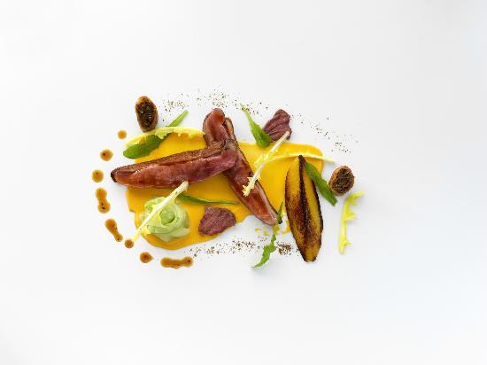 van Zeller : Goosnagh Duck - Sweet Potato Purée, Cucumber Dandelion, 5 Spice & Black Pepper