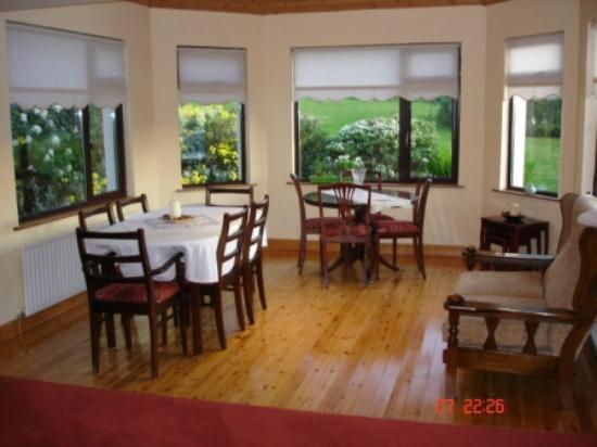 Hillbrook B&B: Dining Room