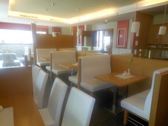 Design-Hotel-Restaurant Roemerhof: Frühstücksraum